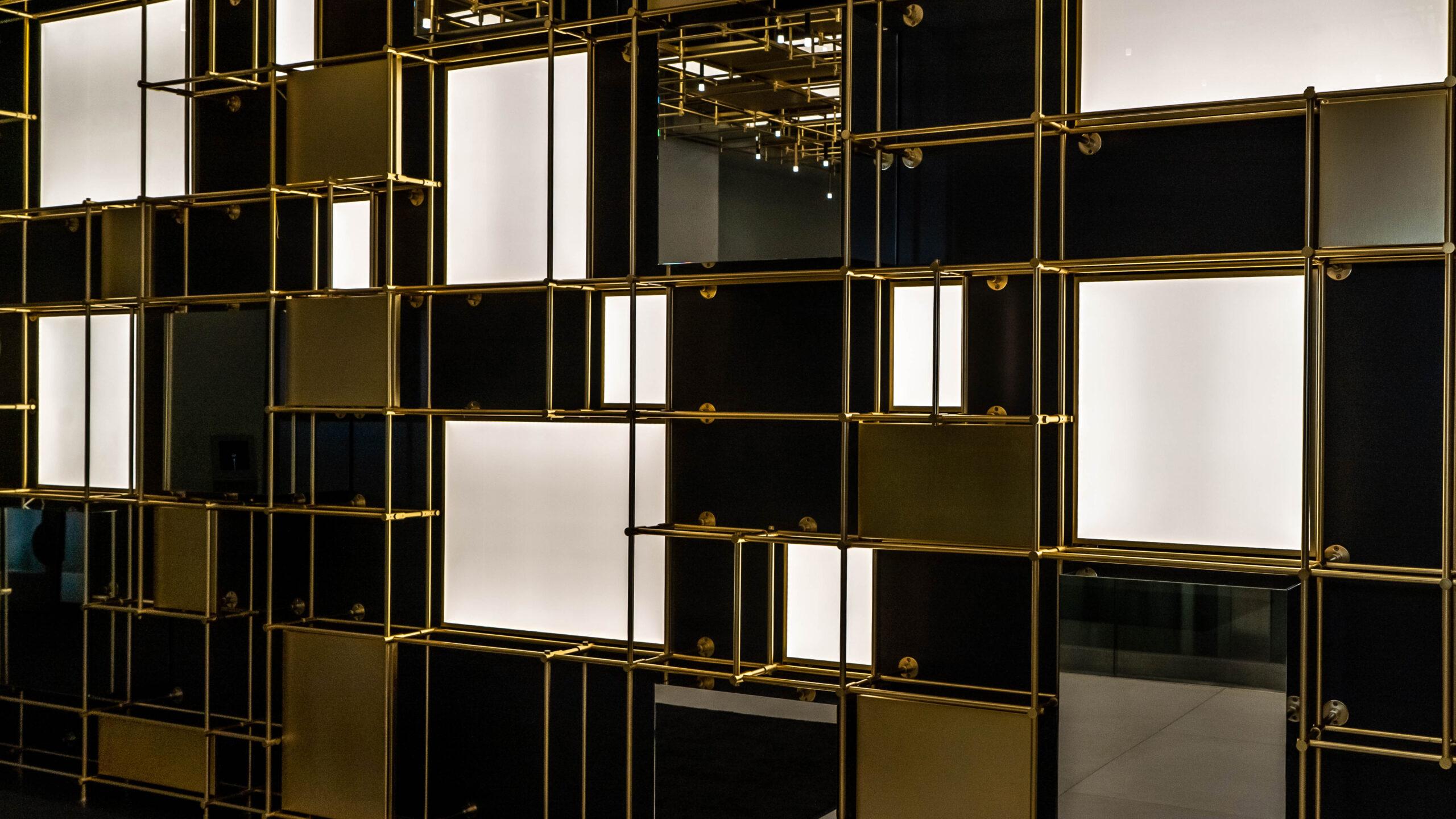 Mirrored shelves